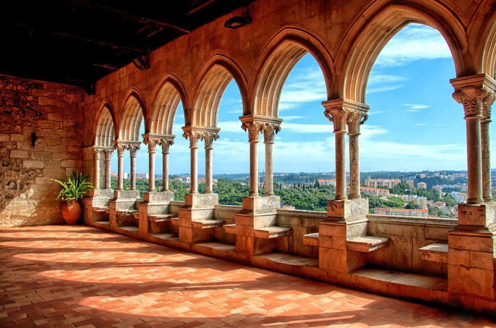 2-Leiria-Castle-Arches